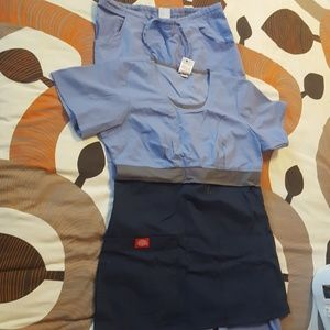 Dickies gotten scrubs size xs top s pants
